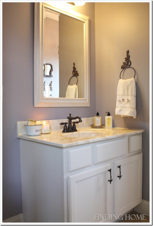Photo shoot - guest bath, guest bed, dining, living and hall 084