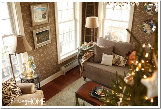Finding Home Holiday Housewalk Living Room