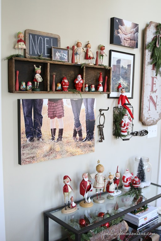 Updating-your-gallery-wall-for-Christmas