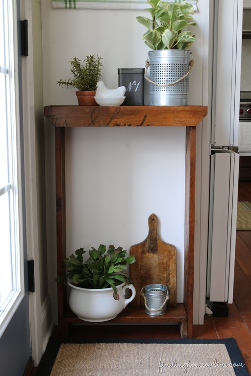 DIY-Small-Console-Table