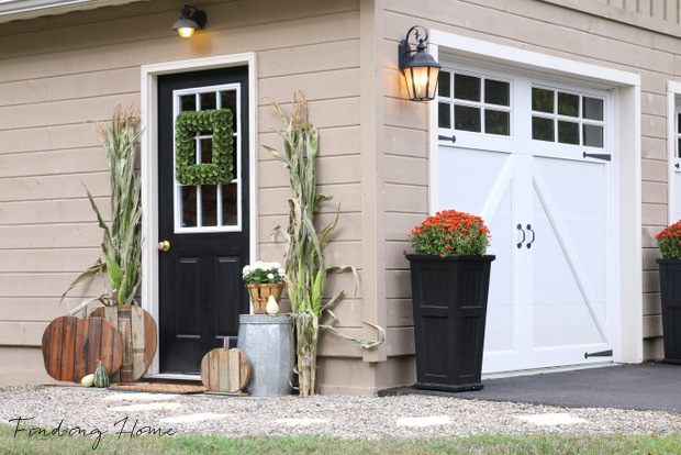 Garage Entry Fall Makeover